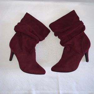 New Style and Co. Adelay burgundy boots sz 7.5